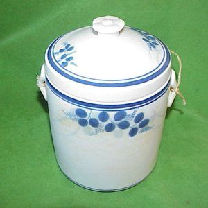 Old Chinese Stoneware Pottery Canister Tea Holder